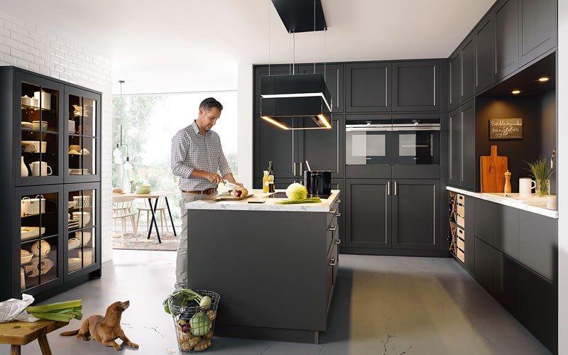De zwarte keuken is één van de keukentrends van dit moment