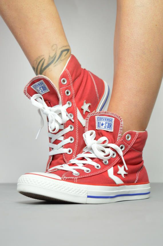 08f34eb537f6 Vintage 90s Converse Red   White Hi-Tops Trainers Sneakers Canvas ...