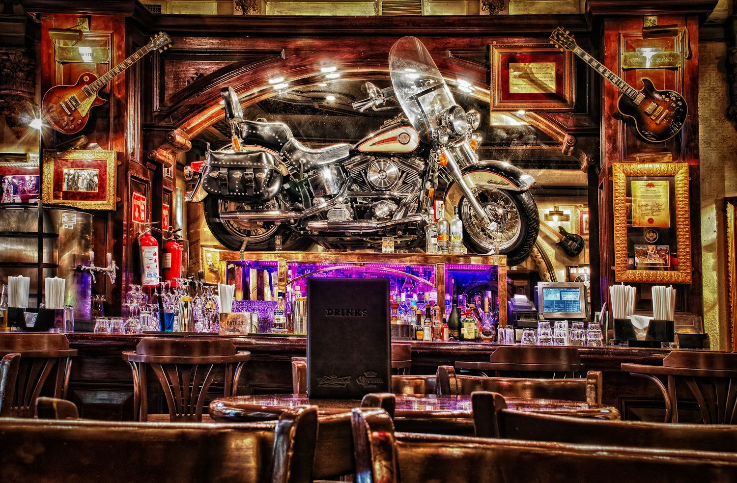 A Visit To Hard Rock Cafe In Mexico City In Hdr Una