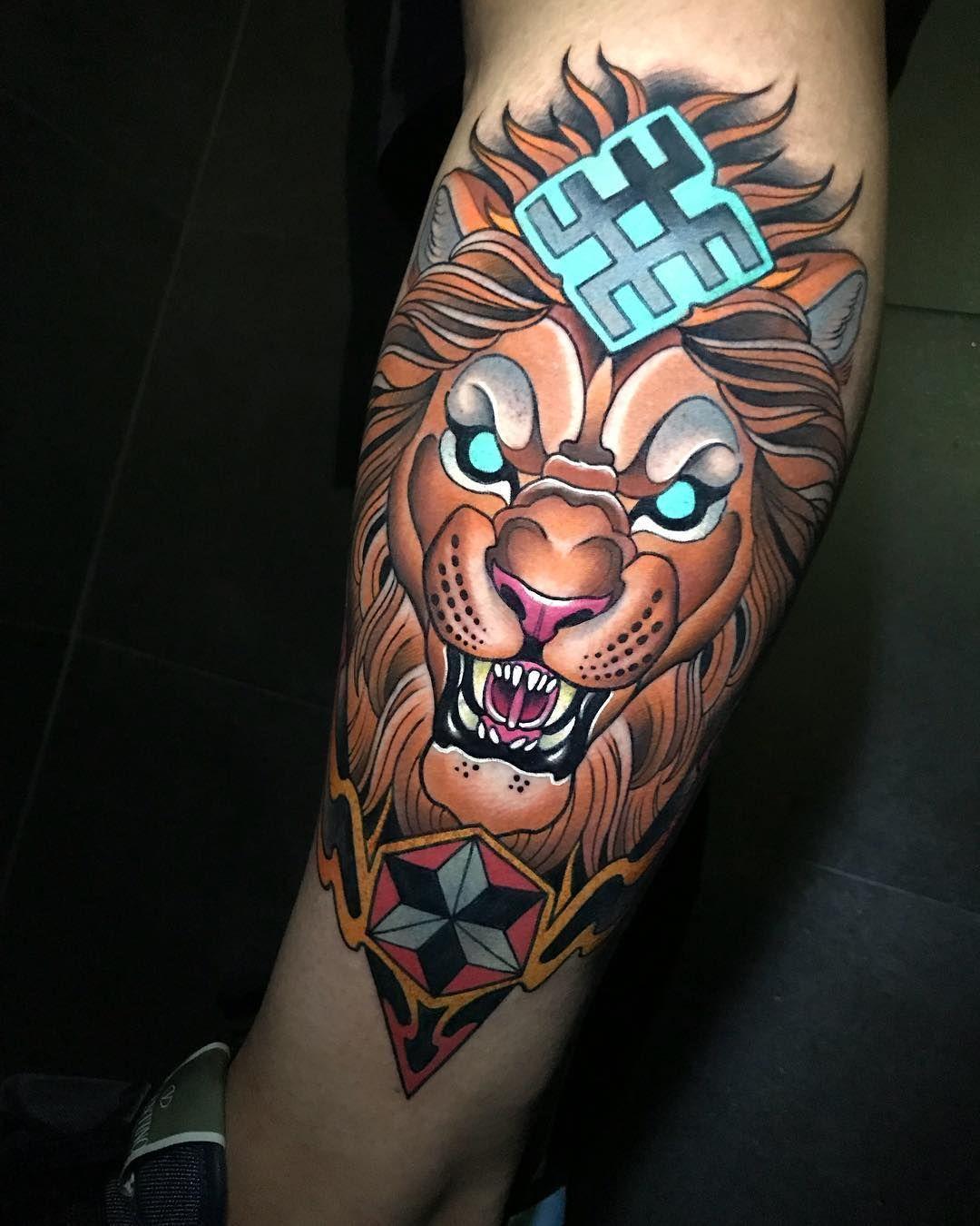 Tattoo artist Johnny Domus Mesquita colorfull neo