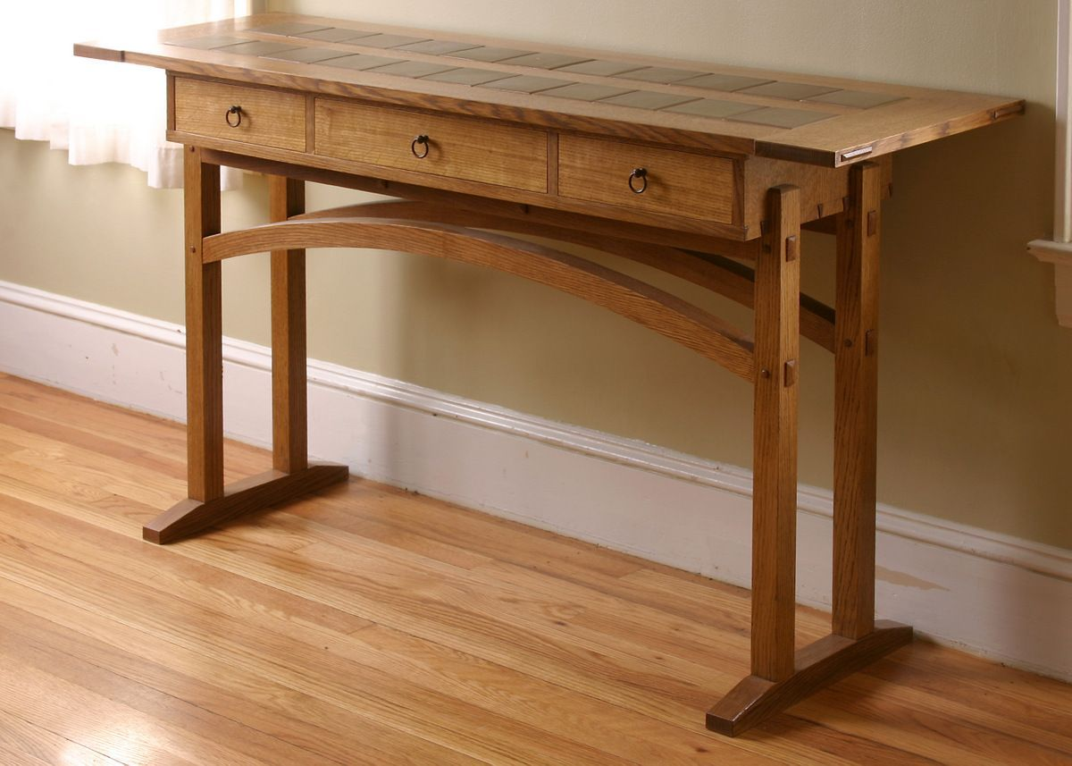 Nice Hybrid Version Of An Arts Crafts Style Hall Table