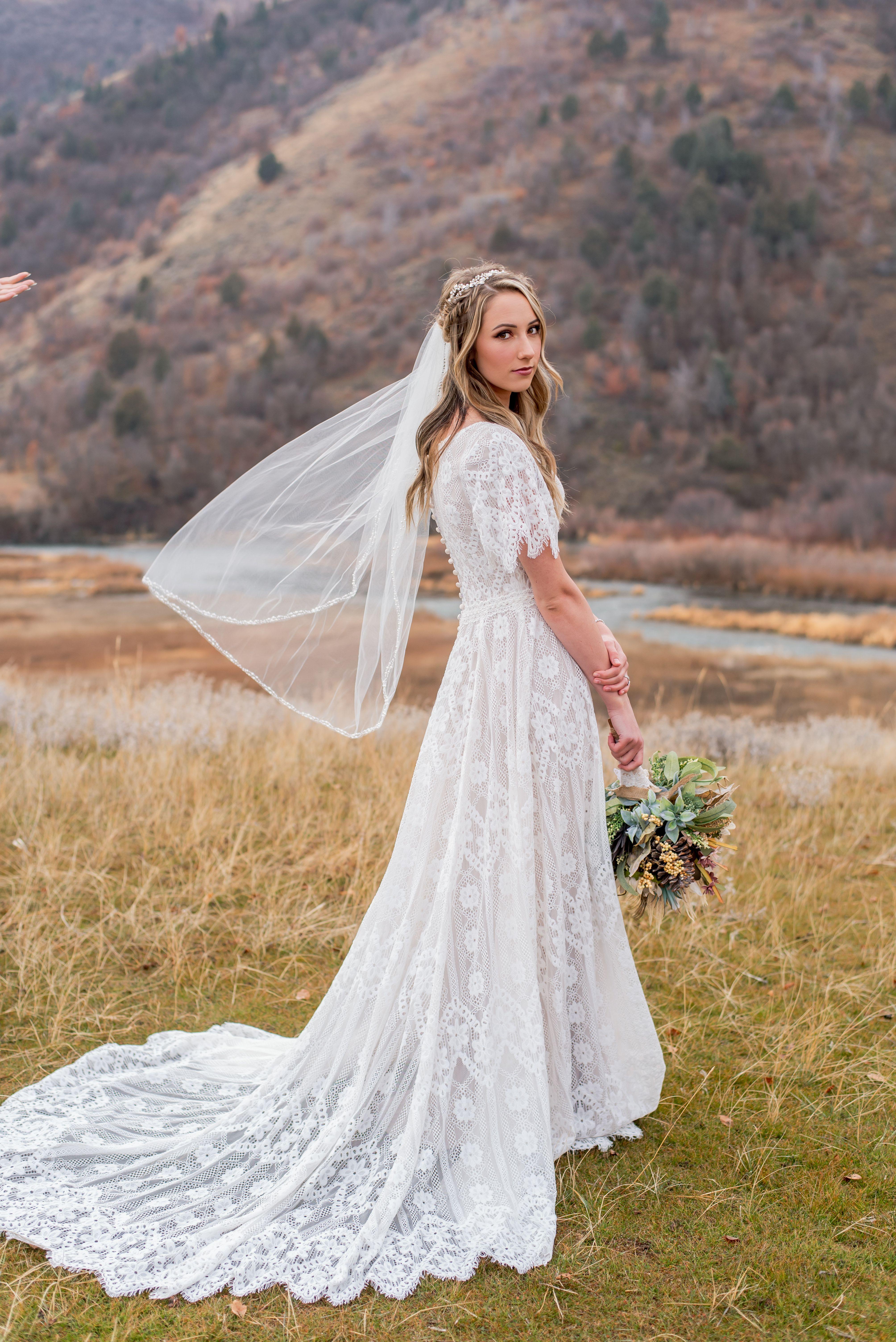 Calabria Modest Lace Wedding Dresses Modest Wedding Dresses Wedding Dresses Lace [ 6016 x 4016 Pixel ]
