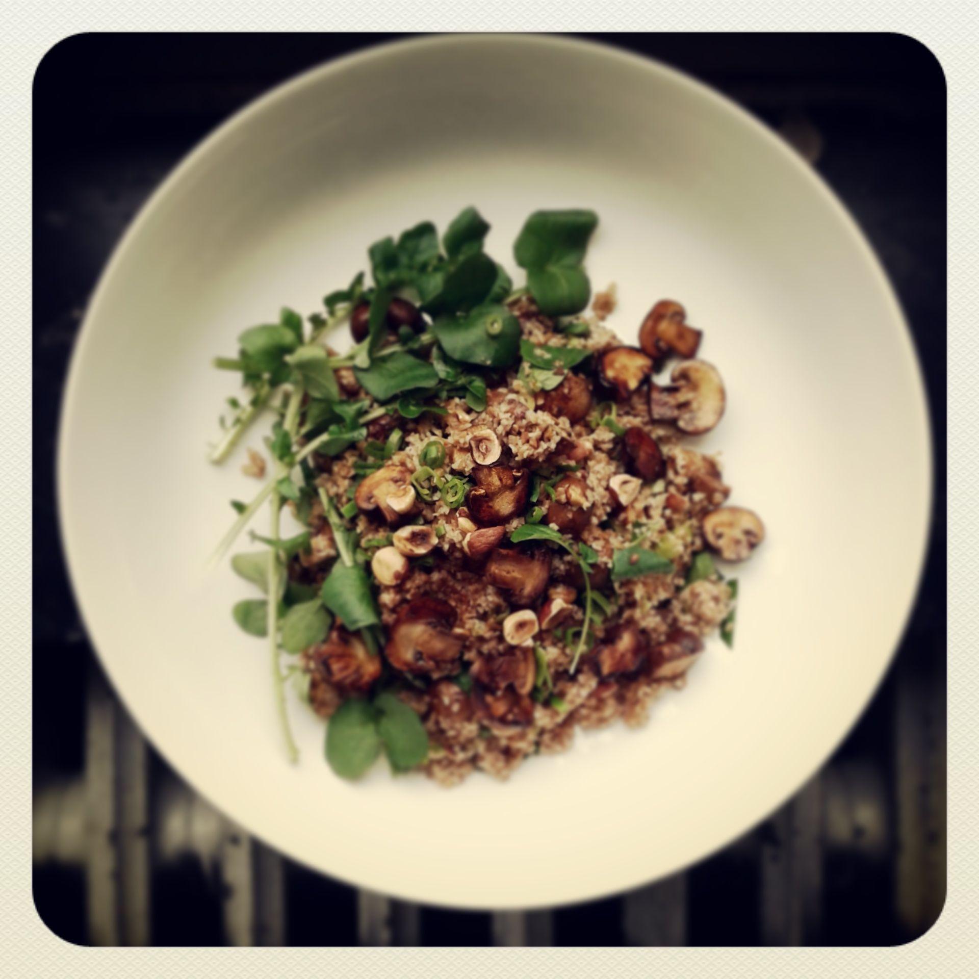taboulé d'epeautre, noisettes, champignons