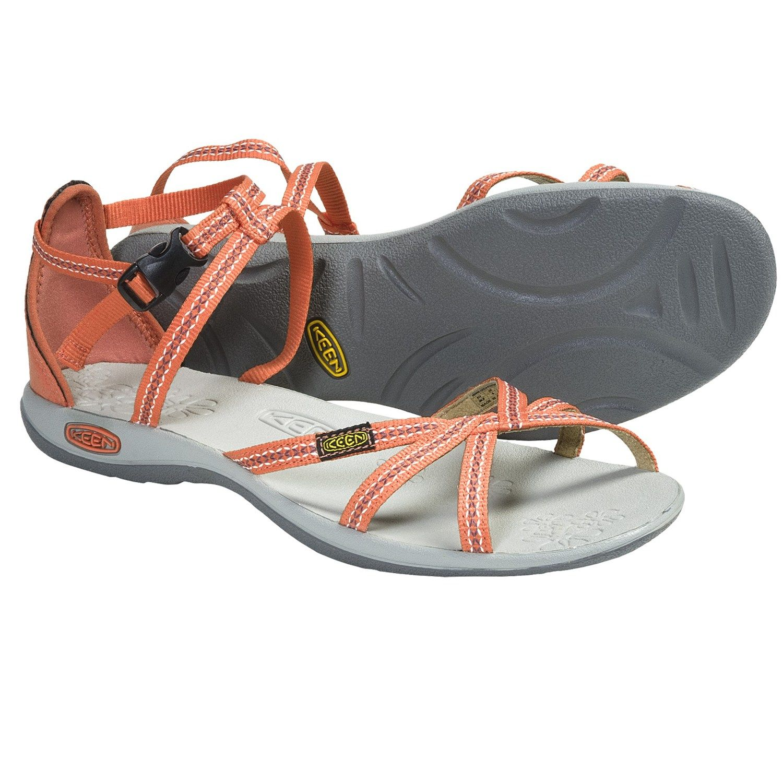 73699967d78b Soak up summers glow in Keens La Paz strap sandals