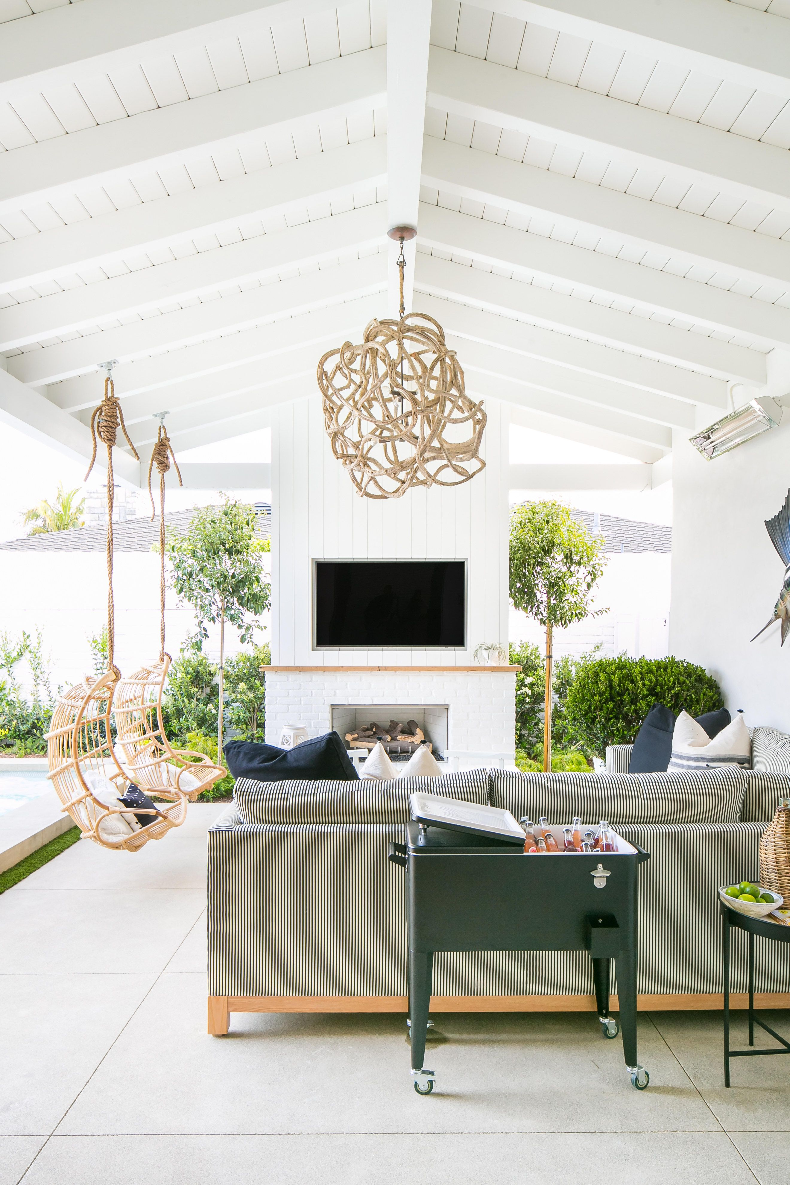 Whitewashed Modern Vintage Inspired California Home Tour Outdoor