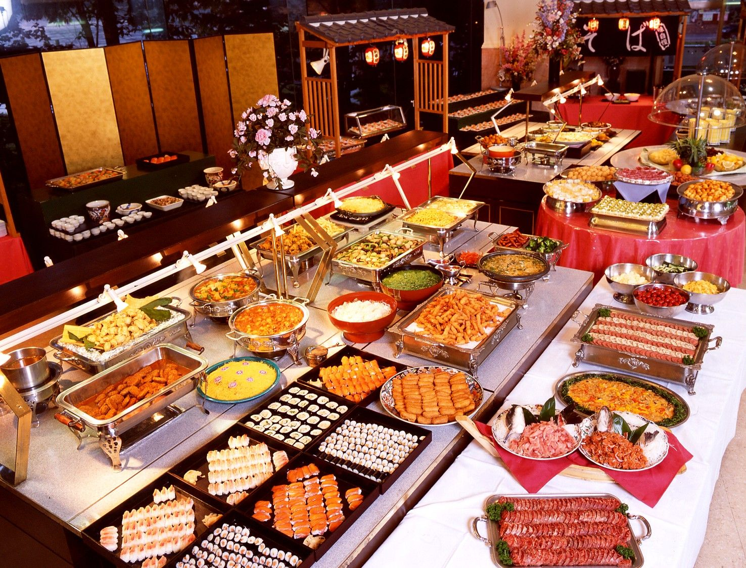 All You Can Eat Buffets How To Maximise Your Belly Chinese Buffet Japanese Buffet Buffet Food