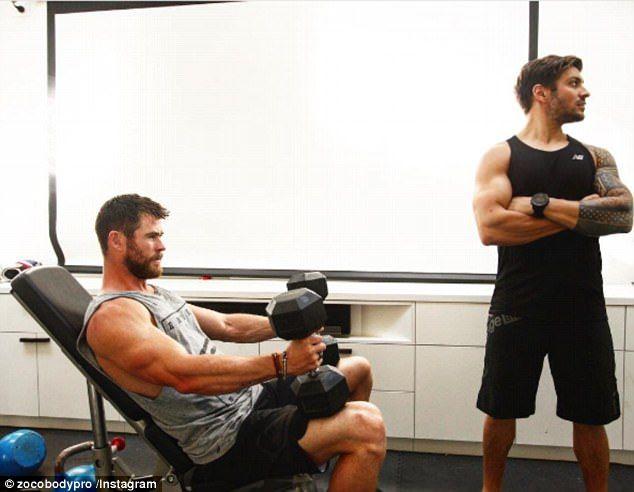 Chris Hemsworth Bulked For Thor Eating 3500 Calories A Day Chris Hemsworth Hemsworth Chris Hemsworth Kids