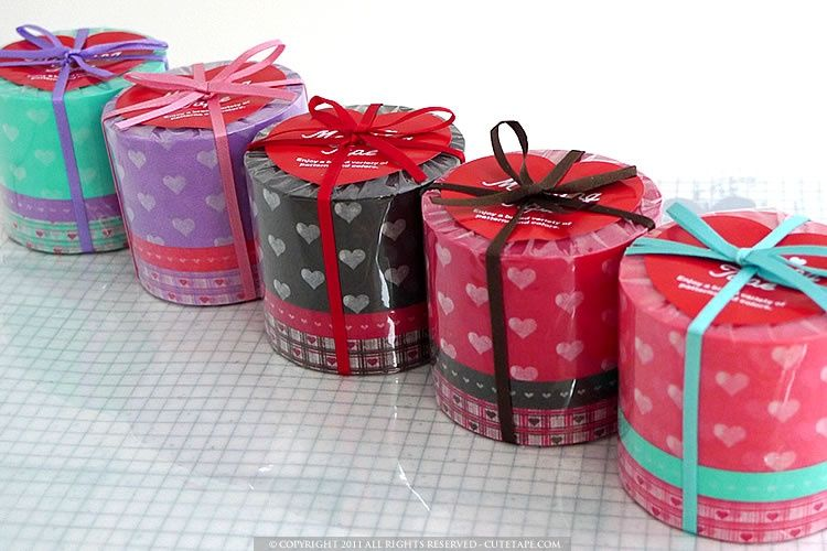 A cute set of 3 various width heart pattern washi japanese