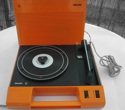 portable record player electrophone tourne disque philips. Black Bedroom Furniture Sets. Home Design Ideas