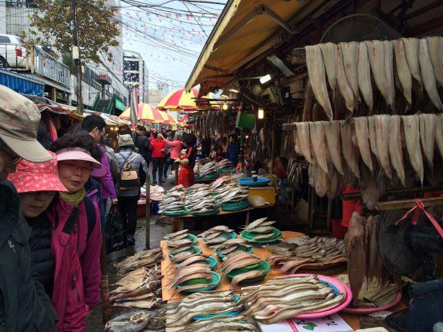 Jagalchi Seafood Market, Busan