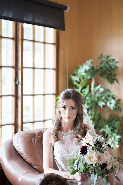 Bridal look idea - wavy half updo and natural makeup {Kari Dawson Weddings}