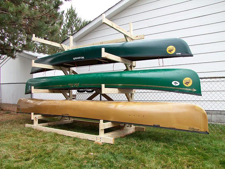 Canoe storage rack recherche google bricolage for Canoe storage shed