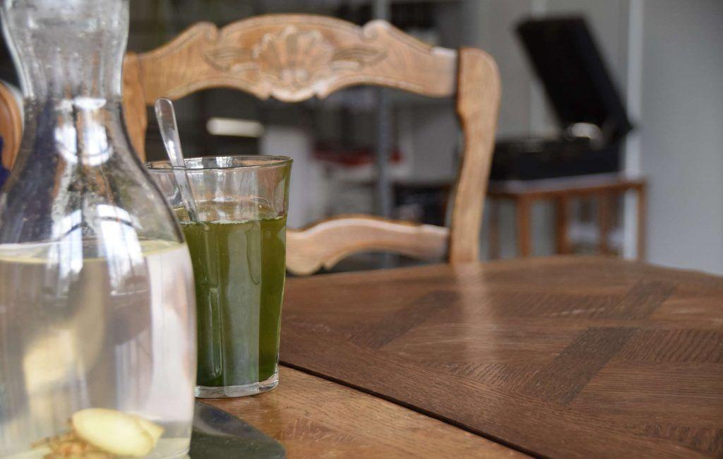 Detox Botanischer Salon Grüne Getränke Rohkostessen Entgiften