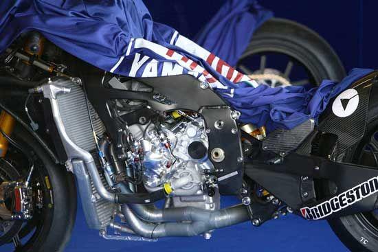 Wallpaper mesin motor Yamaha YZR M1 motogp | Yamaha motogp ...
