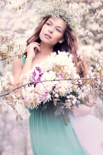 Lisbeth Photography ~ Colette Le Mason @}-,-;---