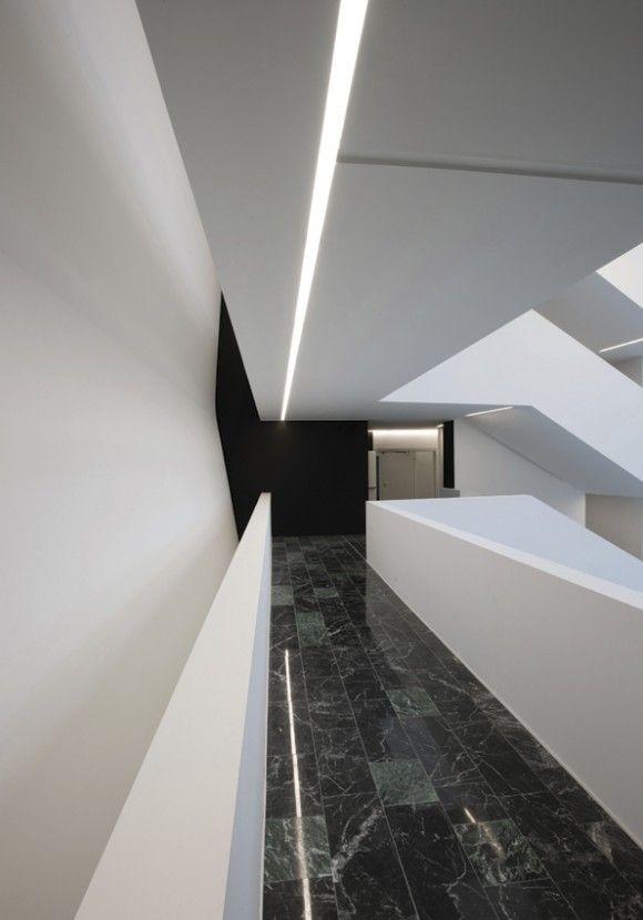 Proyecto Área Pública, iluminación técnica empotrada modelo OnOff de Norlight. Iluminación de diseño para oficinas, restauración, hoteles y contract. (Espacio Aretha agente exclusivo para España)