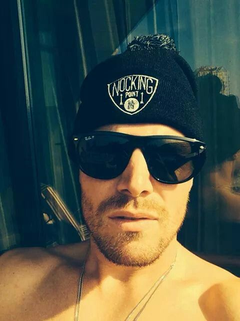 3012c5df38c Pin by The Fangirl Diaries on STEPHEN AMELL