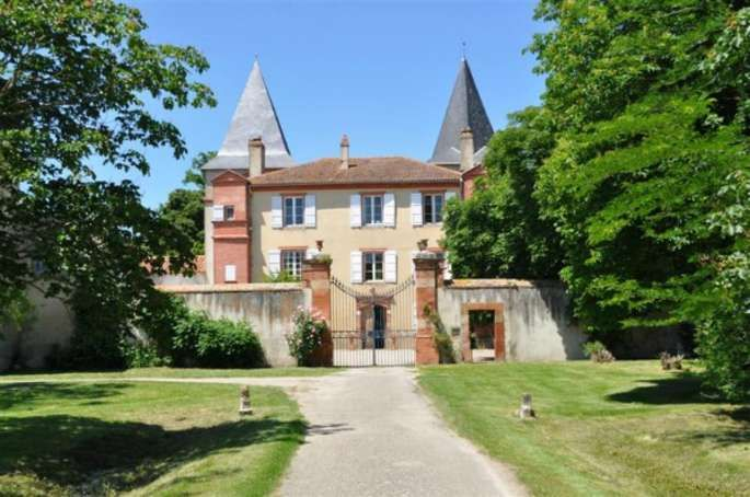 Votre Château de Famille