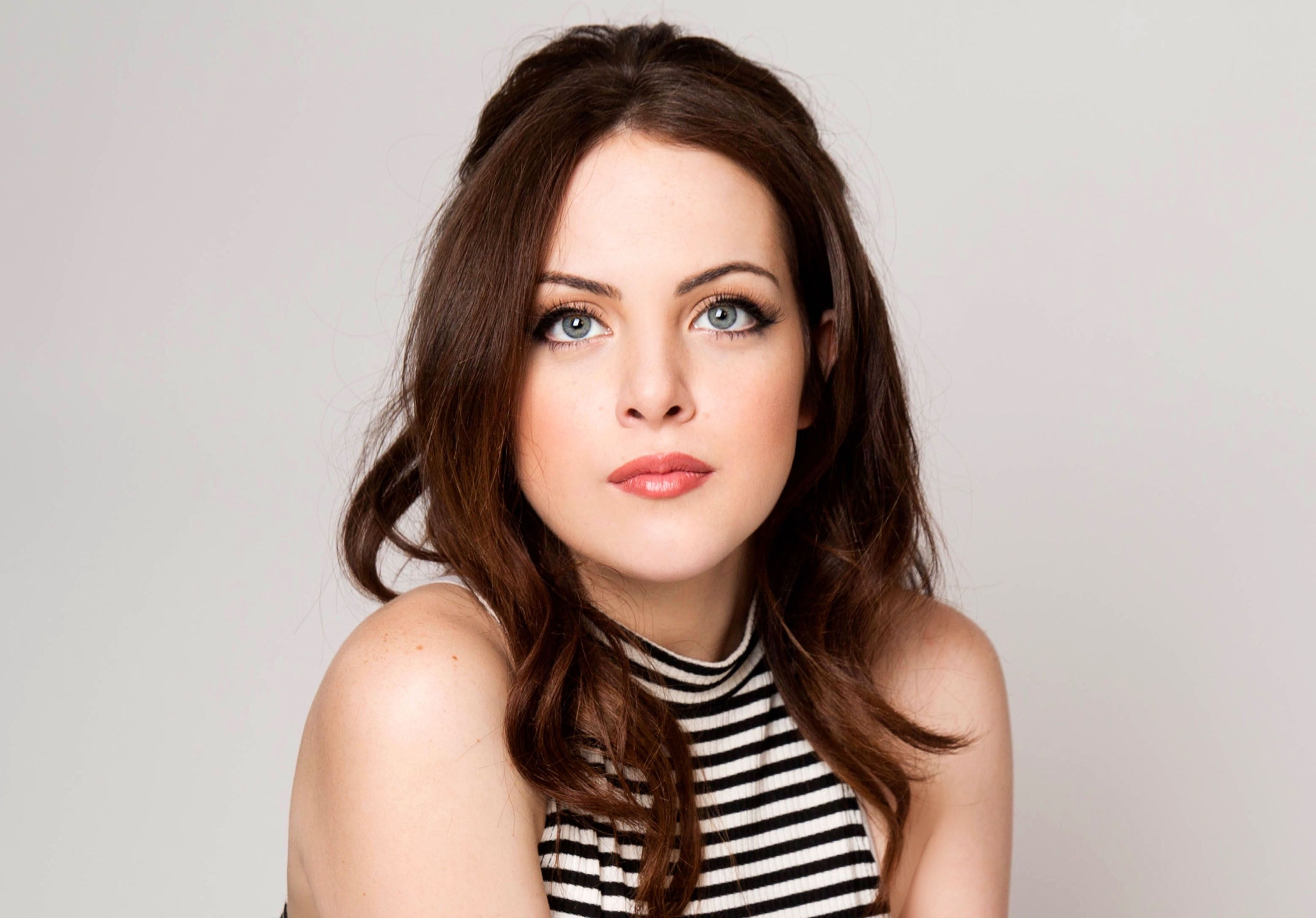 Pussy Is a cute Elizabeth Gillies naked photo 2017