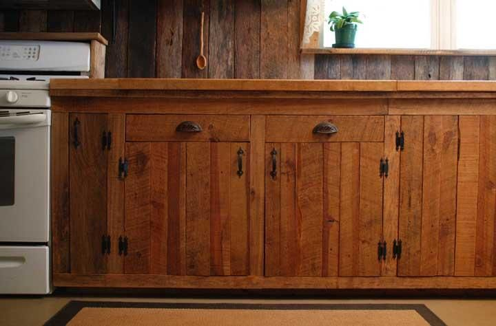 Rustic Cabinetry - Rustic pine kitchen cabinets | Amelia | Pinterest ...