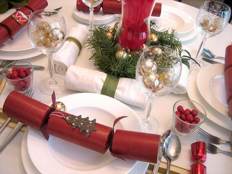 Christmas Decorations 5 Ways to Decorate Your Holiday Table on a Budget