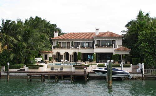 Will smith 39 s home on star island miami celebrity homes for Star island miami houses