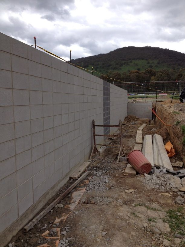 Block wall on netball change rooms goes up! (November 2013)