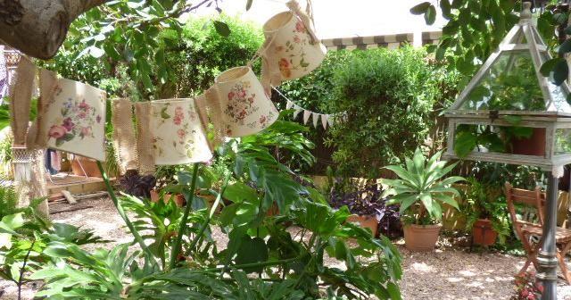 Peque os detalles para decorar el jard n manualidades for Detalles para decorar jardines