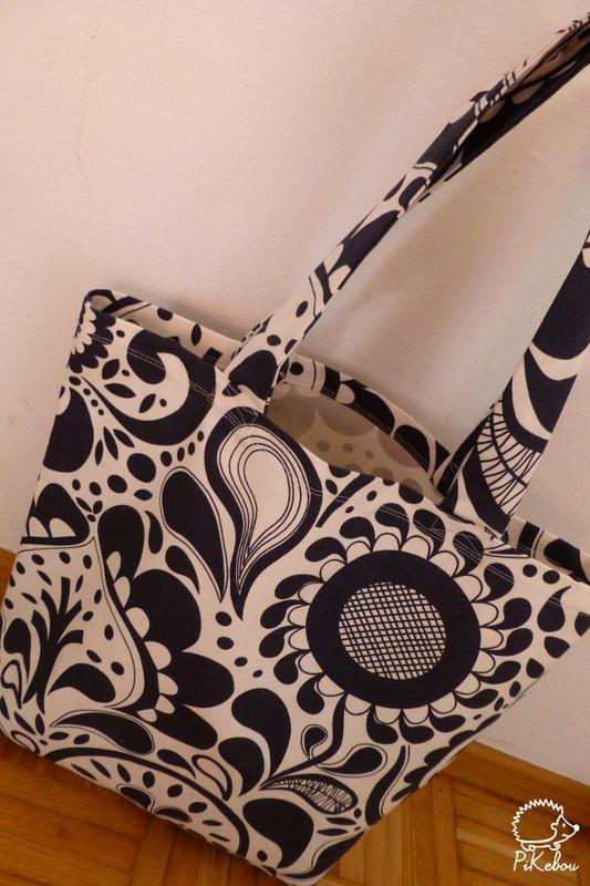 diy l 39 indispensable tote bag sac fourre tout pikebou. Black Bedroom Furniture Sets. Home Design Ideas