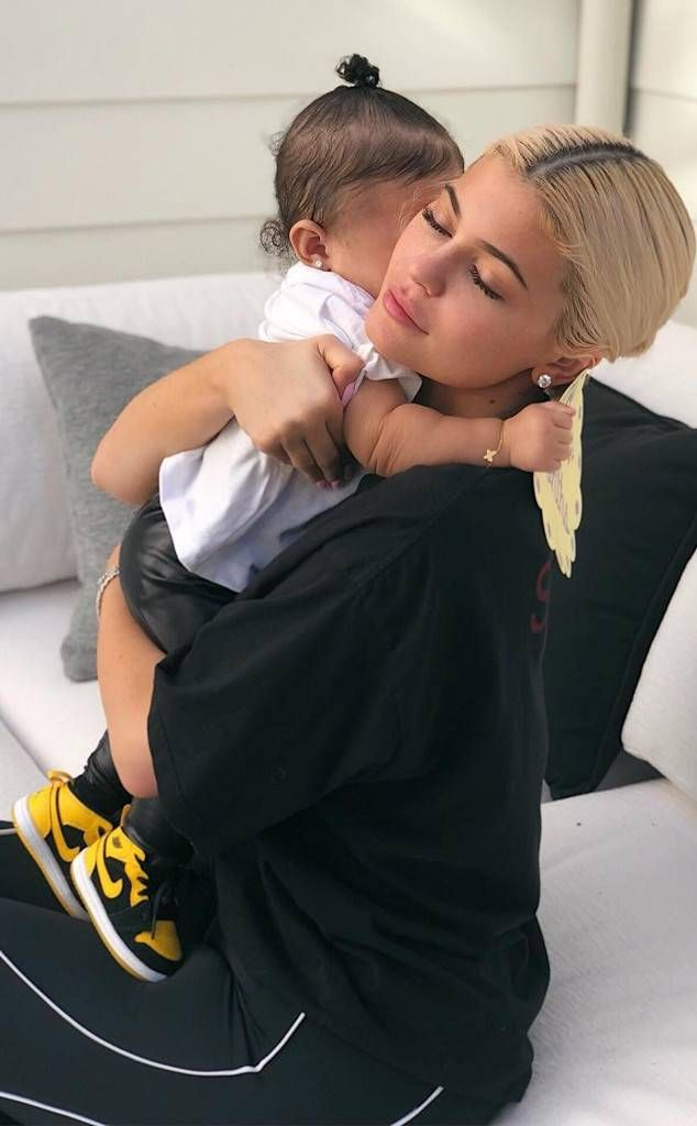 Kylie Jenner Celebrates Stormi Webster's 8-Month Birthday With Sweet Photo Shoot