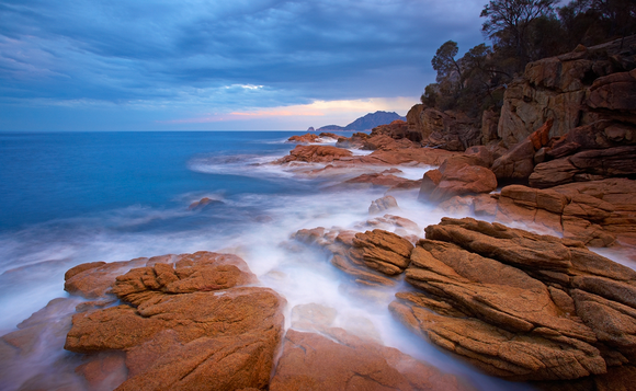 Sleepy Bay in Freycinet National Park -- how gorgeous is this?!