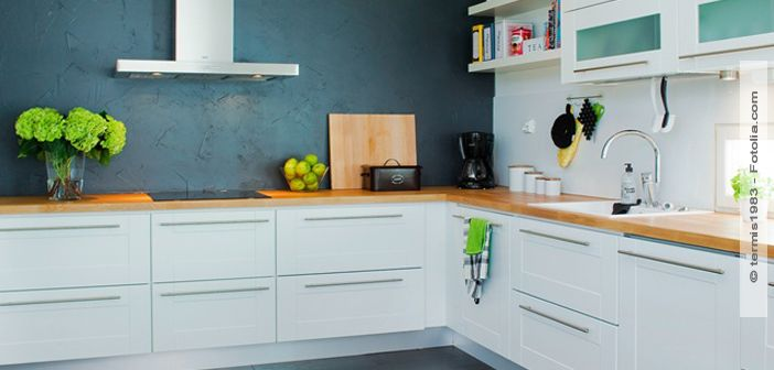 Küchenrenovierung Mit kleinen Tricks die Fronten verschönern