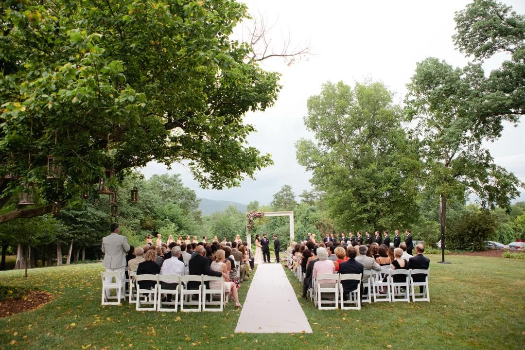 Get Inspired By This Dreamy Summer Wedding At Mountain Inn Discover The Vendors Responsible For