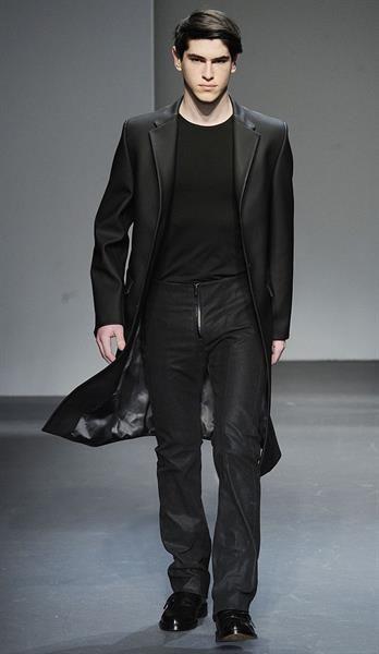 Мужское пальто курсовая Стильная одежда  Мужское пальто курсовая