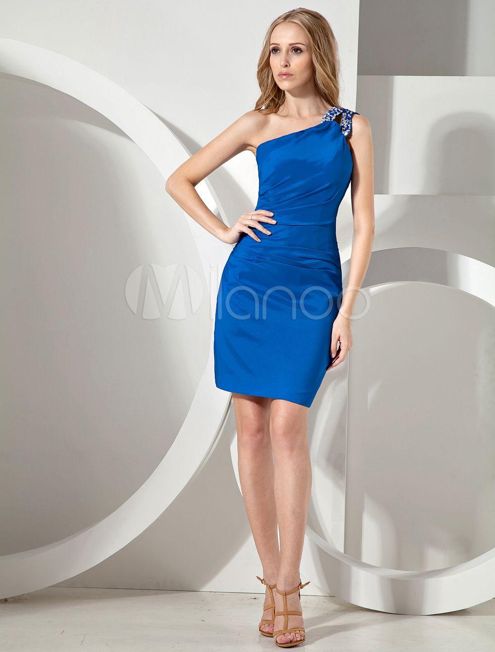 b0445dc20f86 Vestido para cóctel de color azul real de satén elástico con un solo ...
