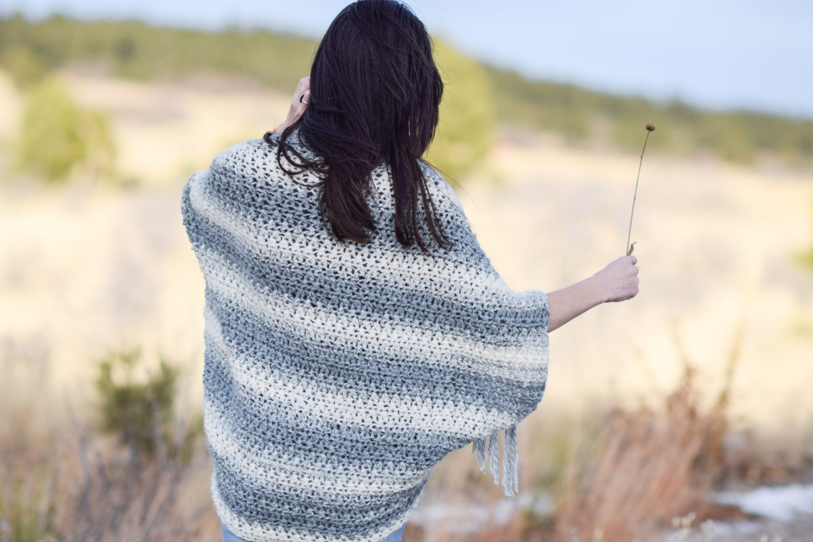 Light Frost Easy Blanket Sweater Crochet Pattern #blanketsweater