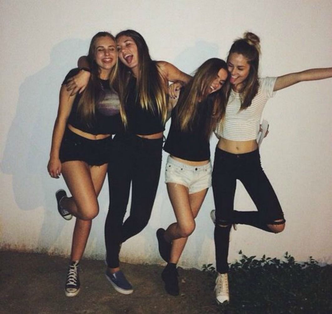 Free Girl Friend Pics