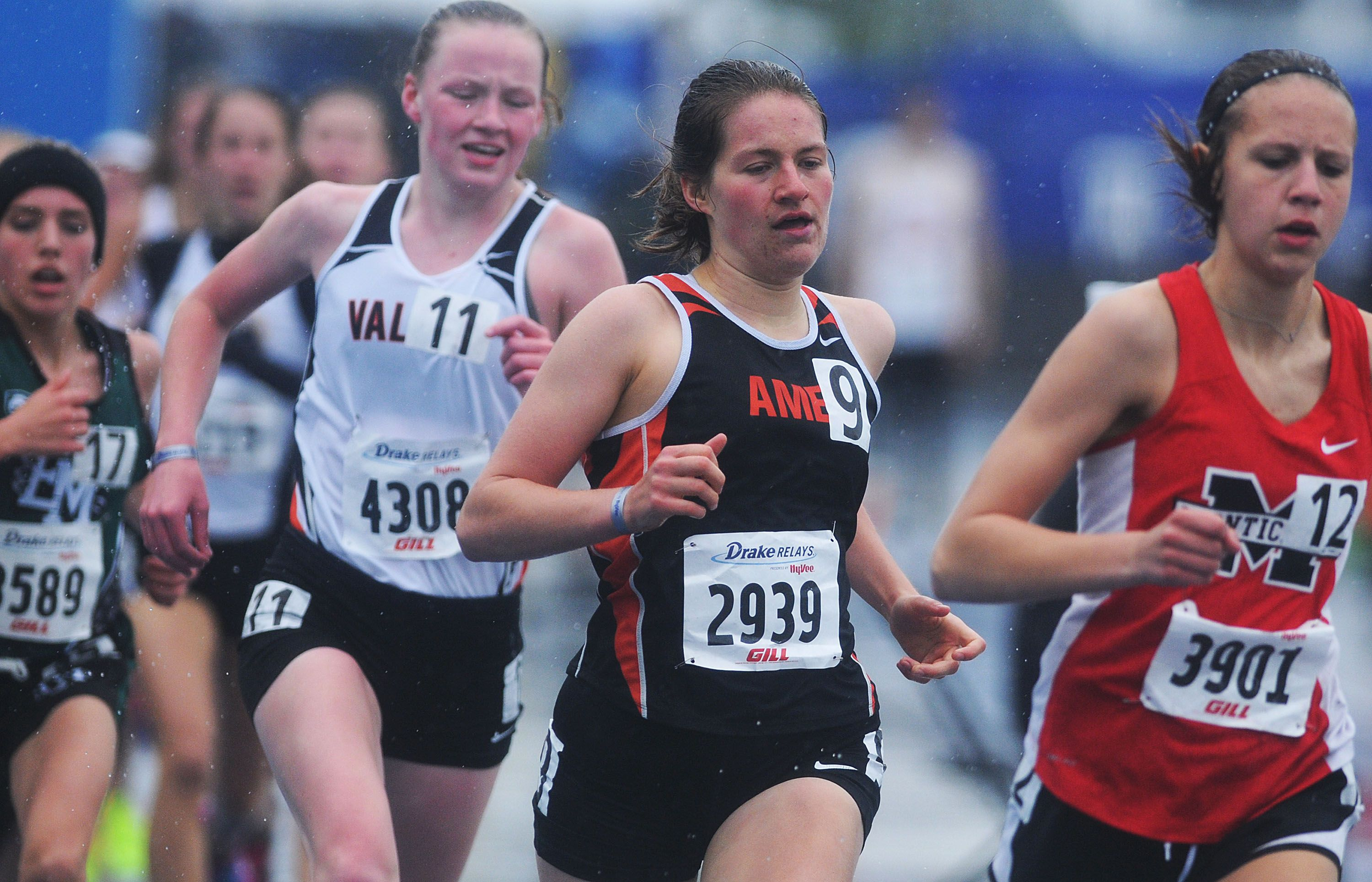Ames' Katelyn Moore runs to a ninth-place finish in the high school girls' 1,500-meter run at the Drake Relays on Saturday at Drake Stadium in Des Moines. Photo by Nirmalendu Majumdar/Ames Tribune http://www.amestrib.com/sports/20170429/girls8217-track-moore-takes-ninth-in-1500