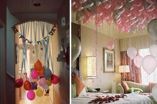 Cuartos con globos para festejar un cumplea os fiestas for Cuartos decorados romanticos con globos
