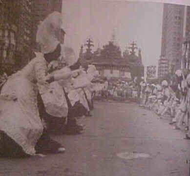 1963- A dança do minueto no Salgueiro em 1963: a história do negro também era representada