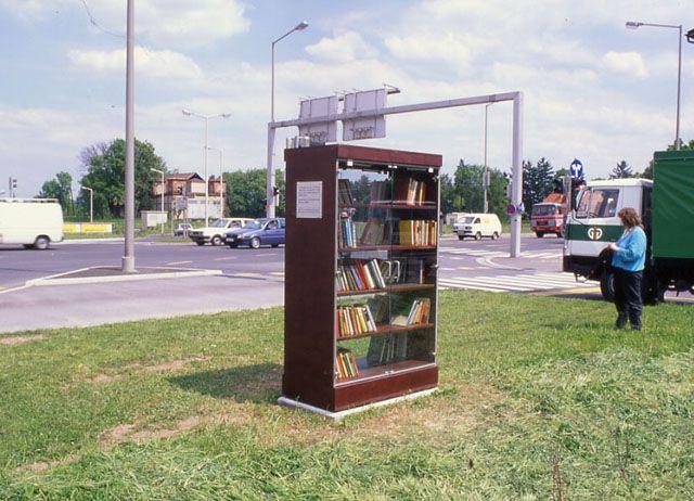 The Open Public Library Museum Of Arte Util Arte Utiles