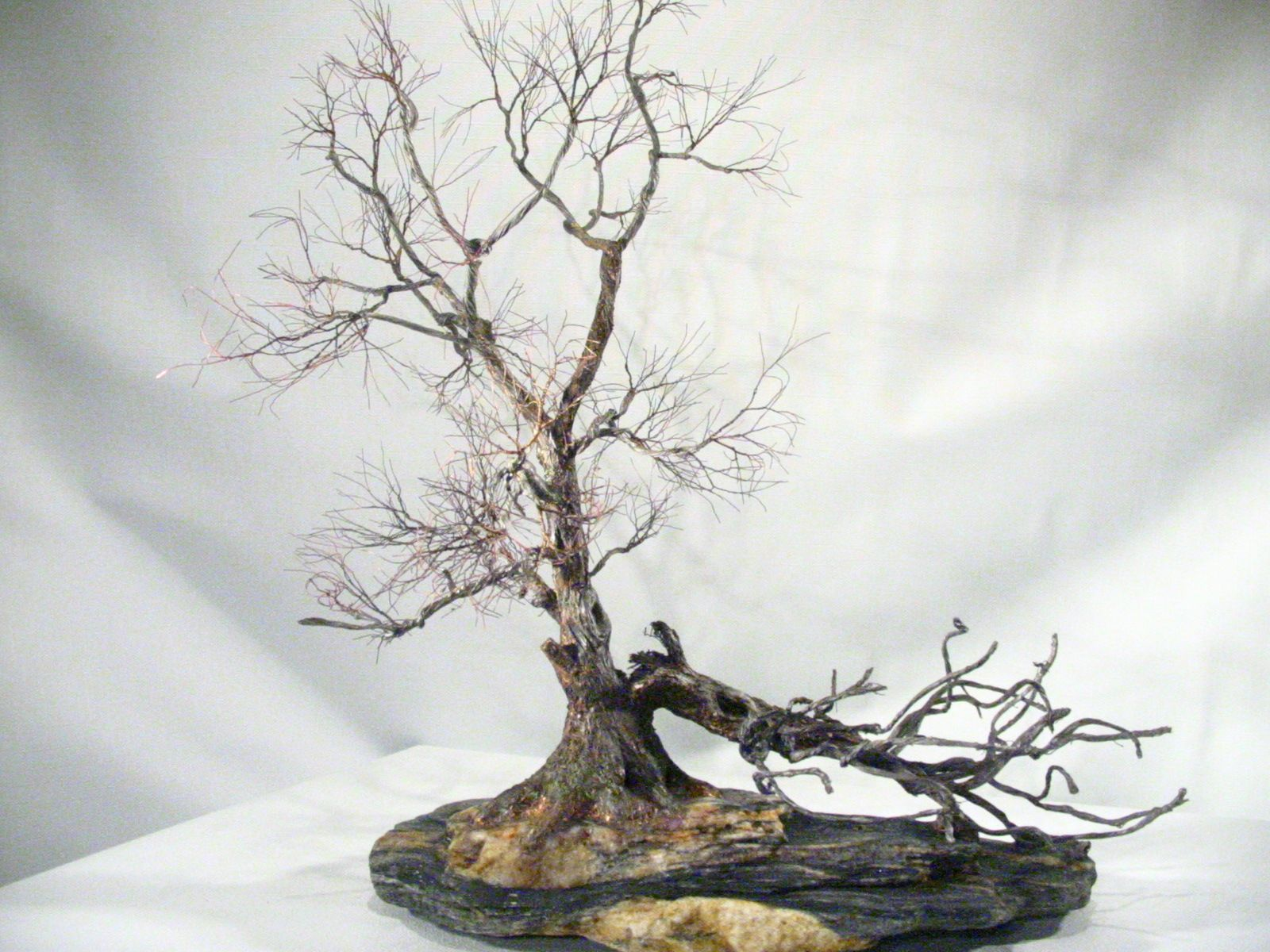 Copper wire tree - Bonsai style - Art sculpture - natural rock ...