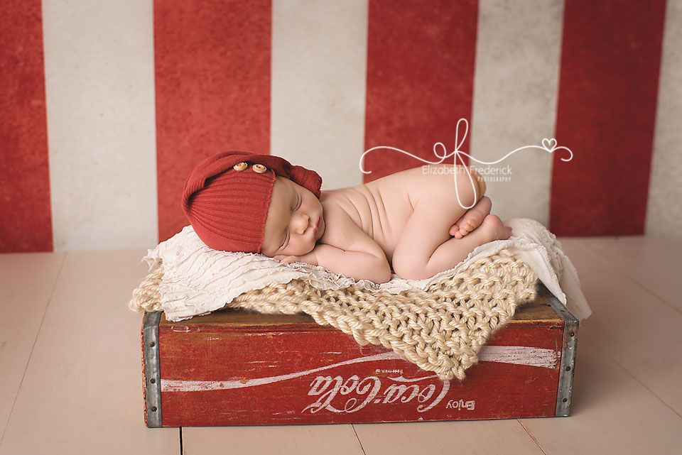 Green & Navy Newborn Session | Colorful Newborn Portrait Photography | CT Newborn Photographer Elizabeth Frederick Photography www.elizabethfrederickphotography.com