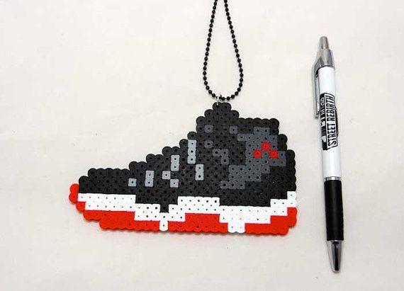 ir de compras soplo Perceptible  Jordan 11s Shoe Necklace Pixel Art Perler Sprite | Perler bead art, Perler  bead disney, Perler beads designs