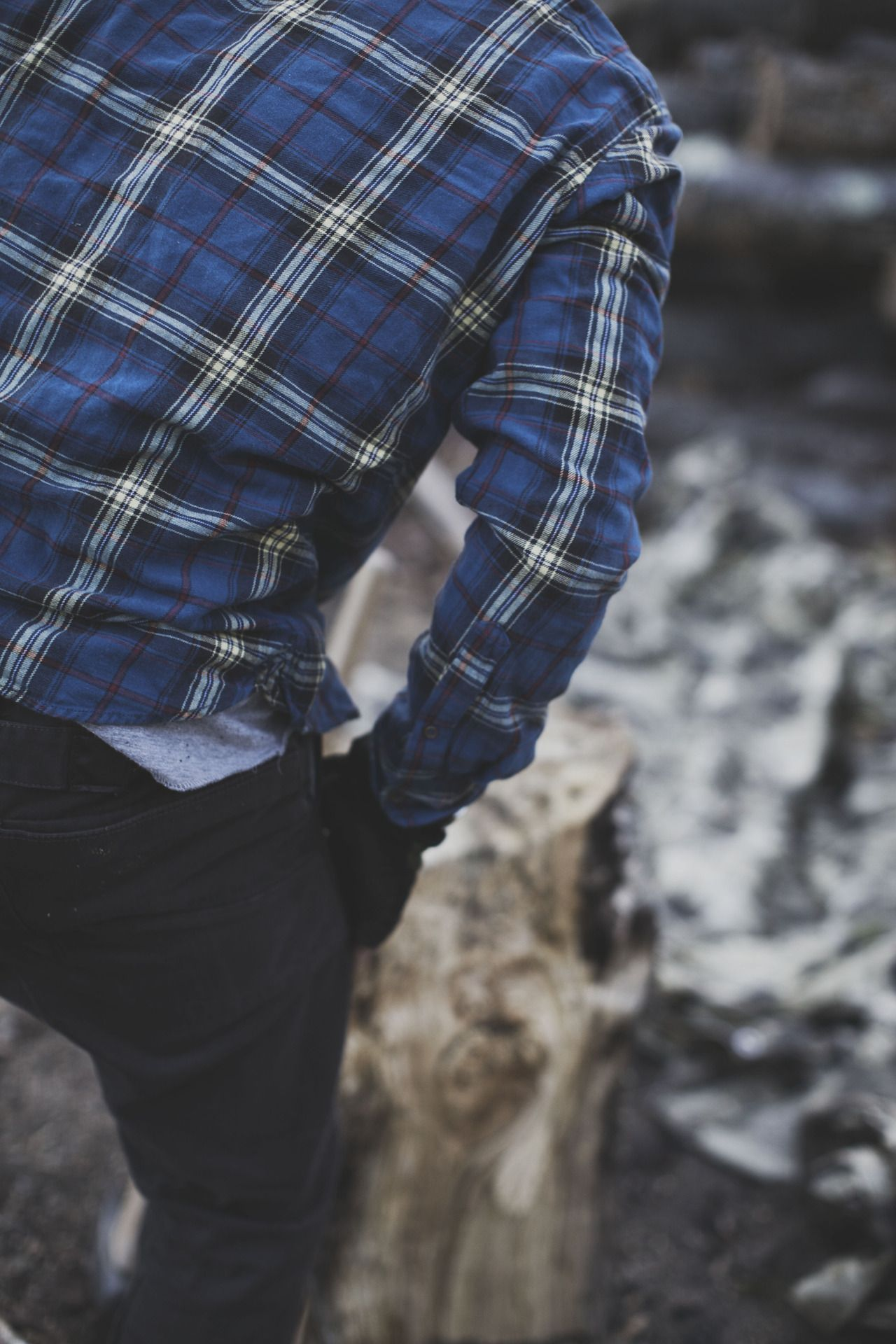 Flannel outfit ideas men  takemetothemtns Working hard for the woodstove  His  Pinterest