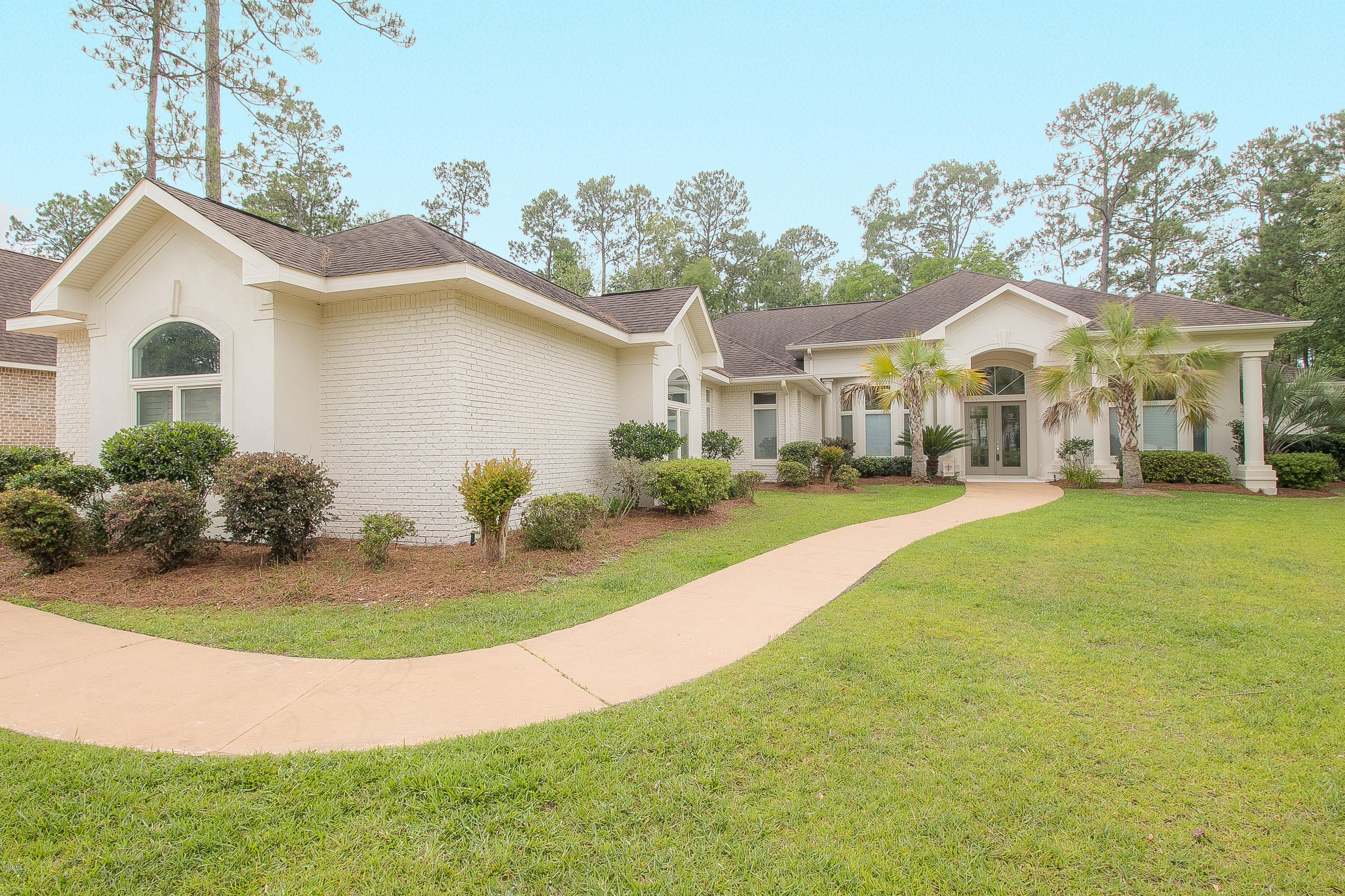 7459 Turnberry Dr Diamondhead Ms 39525 Waterfront Homes
