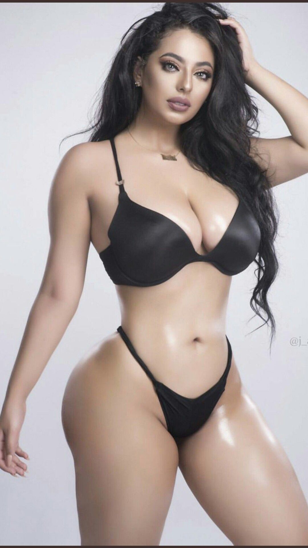Pin on sexy girls with nice bodies
