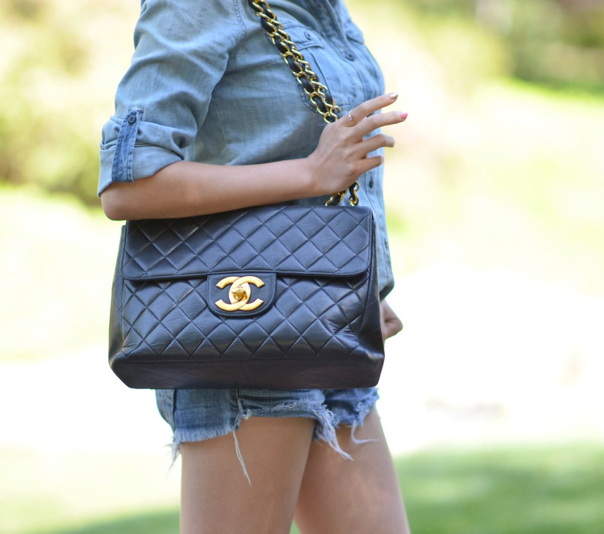 3884b9d8263a large Chanel jumbo quilted flap bag with large gold cc