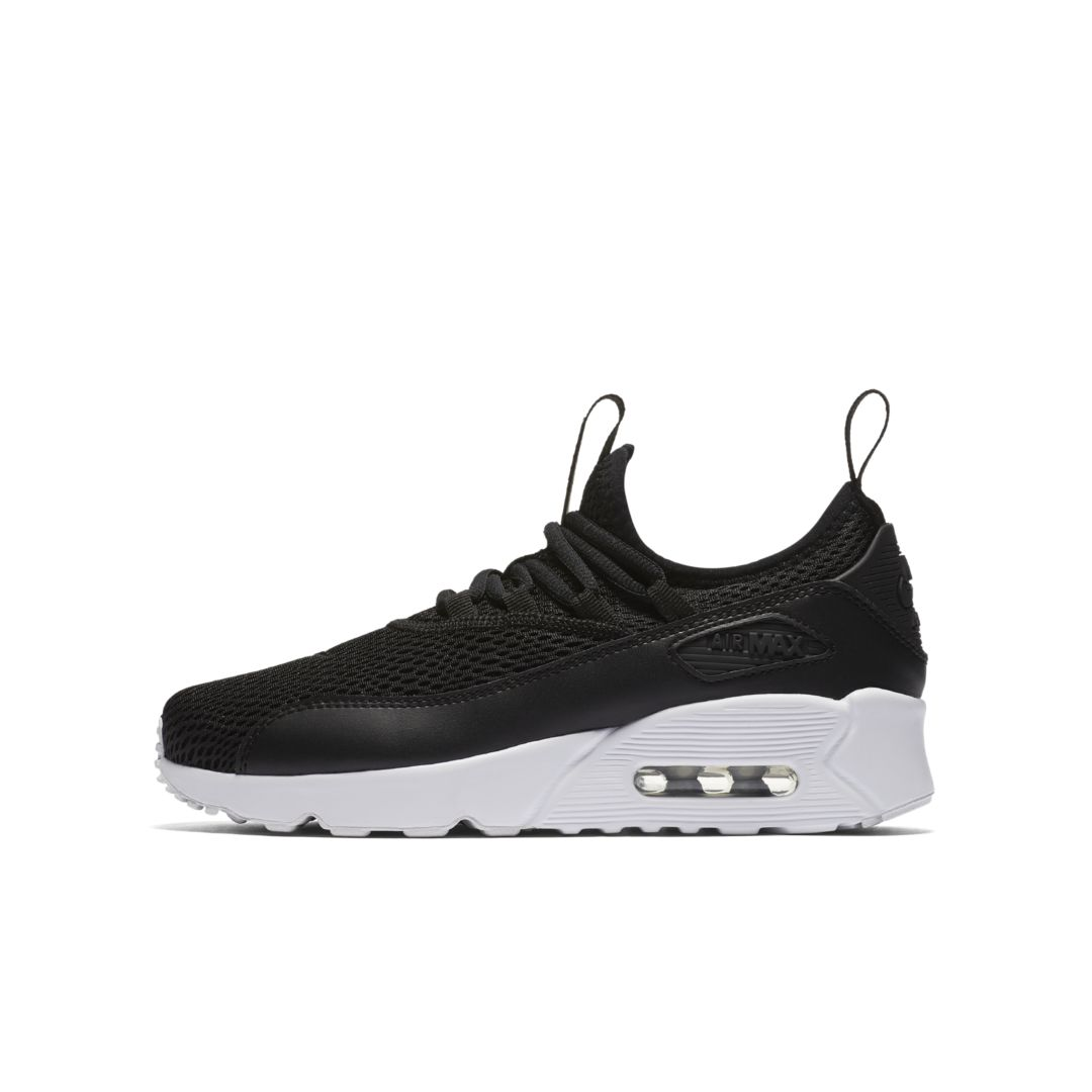 the latest 96818 3fd59 Nike Air Max 90 EZ Big Kids  Shoe Size 6.5Y (Black)