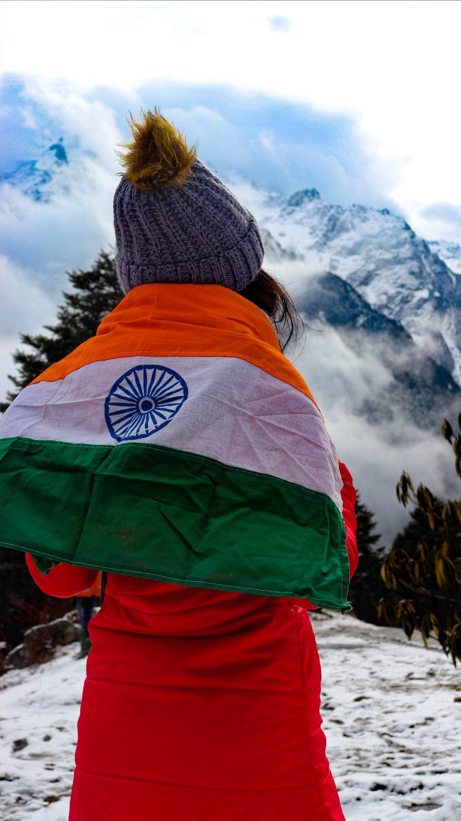 Girl Indian Flag Snow Mountains Indian Flag Wallpaper Indian Flag Indian Flag Images